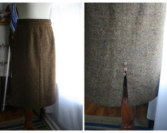 Vintage Pencil Skirt / 80s Tweed Wool Skirt / Women Fall Fashion / Ladies Winter Clothing / Small / Brown and Black Lined Pencil Skirt