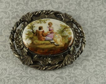 Courting Couple Brooch