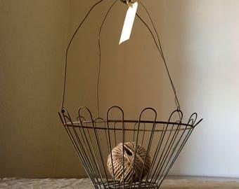 Amazing VINTAGE hanging wire basket.  Industrial decor / French kitchen. Great storage / organisation.
