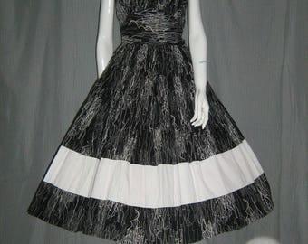 1950's Atomic Dress Killer Squiggle Print Shelf BustnFull Skirt 28 waist Med Sundress Viva Las Vegas Rockabilly Vlv