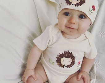 Hedgehog girl or boy bodysuit and hat set, super cute and fun baby bodysuit, first, new baby gift, baby shower hedgie baby
