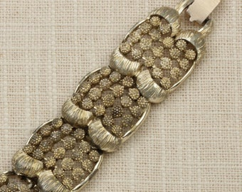 Vintage Coro Bracelet Gold Chain Chunky Etched  Costume Jewelry 16S