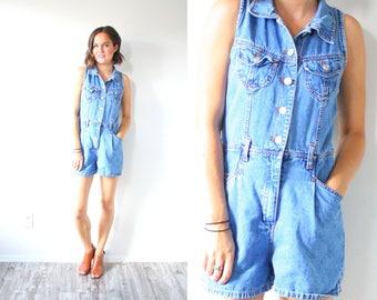 Vintage light blue overalls // XS short jean overalls // jean shorts // summer overalls // summer spring over // 90's overalls jean shorts
