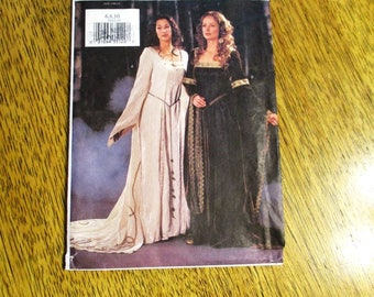 MEDIEVAL Gown / Tudor Dress / SCA Fit and Flare Costume Dress - Size (6 - 8 - 10) - UNCUT Sewing Pattern Butterick 3552