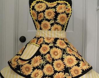 Womens Apron-Sunflower Fields Flouce Apron