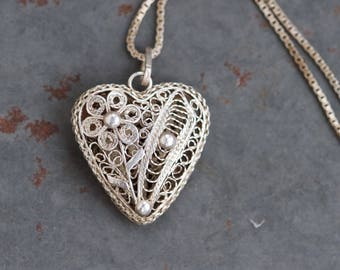Filigree Heart Necklace - Sterling Silver Vintage Love Pendant on Chain