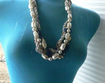 something blue for the bride bridal wedding necklace pearls