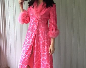 vintage pink dressing gown velvet burn out 1960s Made in Italy feather trimmed button up robe Zsa Zsa Gabor
