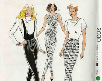 Kwik Sew 2030 Jumpsuit with front tucks deep neckline wrap bodice or stirrup pants apres ski suit Size XS-S-M-L vintage uncut