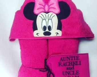Hooded Bath Towel, Minnie Mouse, Hooded Kids Towel, Hooded Minnie, Towel, Mouse, Bathtime, Girly, Minnie Birthday Gift, Baby Shower, Bath