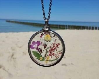 BRIDESMAID gift, Flower petals, Terrarium Necklace, Wildflower necklace, Flower Necklace, Organic, Vintage birthday gift Bridal