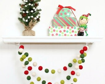 Christmas Felt Ball Garland, Pom Pom Garland Christmas, Red White and Green, Christmas Banner, Christmas Party Decor, Christmas Tree Decor