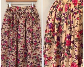 Vintage Floral Skirt / Sm/Med / Cotton Floral Skirt