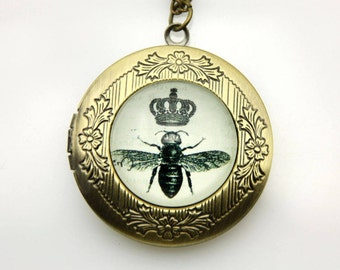 Necklace locket bee crown 2020m