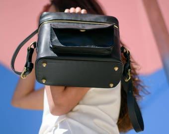 The Weekender Camera Bag   Black Leather Camera Bag, Photography Bag,  Womens Camera Bag, Leather Camera Bag, dslr camera bag,