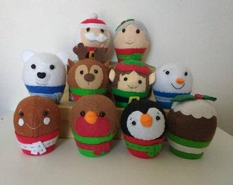 Felt christmas cupcakes