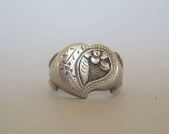 CHINESE CARVED HEART Ring Size 5.75-Vintage Solid Sterling Silver-China Hallmark-Flower Blossoms Forever Love-Dimensional-01026