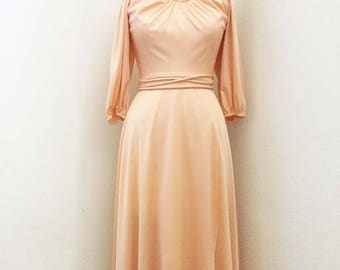 1970s Peach Off Shoulder Dress