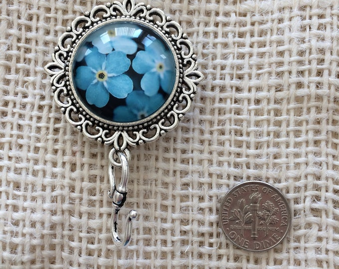 Knitting Pin - Magnetic Knitting Pin for Portuguese Knitting -Blue Flowers