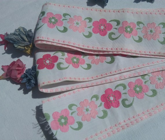2 Yards + Large White Brocade Ribbon Pink Flowers French Trim Sewing Project Collectible Textile #sophieladydeparis