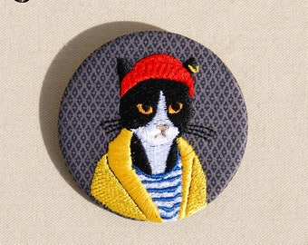 Large embroidered brooch, Harry cat
