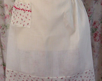 50s Apron - White Striped Organdy Half Apron w Pink Roses Trim - Ric Rac Edging - Charming Vintage Kitchen - Excellent Condition
