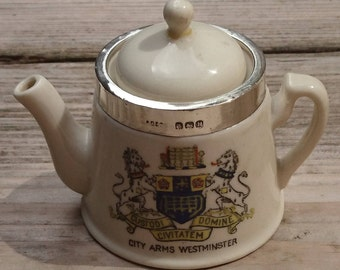 Vintage souvenir city arms of Westminster sterling silver edged teapot