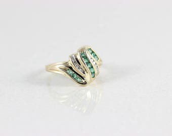 14k Yellow Gold Natural Green Emerald and Diamond Ring Size 8 1/2