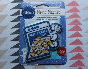 Pillsbury Dough Boy Memo Magnet in Original Packaging Vintage Kitchen Refrigerator Magnet