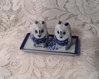 3 Piece Owl Salt & Pepper Shaker Set - Small, Miniature Blue and White Owls with Serving Tray - Delft Style Floral Design -