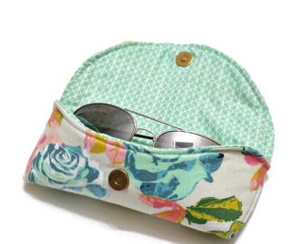 Floral Sunglasses Case, Aqua & Mint Rose , hard sunglasses case, summer vacation, eyeglasses case, glasses case, sunnies case