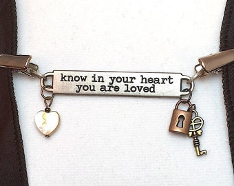Know in Your Heart - Shawl Gem/Cardigan Clip  (SC475)