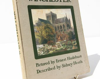 Winchester Picture book Illustrated Vintage 1914 City nature England Travel guide book Art