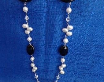Pearl Necklace, Freshwater Pearl Necklace,Pearl and Onyx necklace,Black and White Necklace