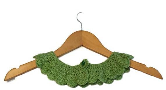 Handmade detachable Peter Pan crochet lace collar, neckline  in mint green colour