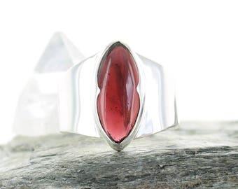 Garnet silver ring. Size 7.75. Natural stone. Gemstone ring.Almandin Garnet cabochon ring.Red stone ring.Ring size P 1/2 UK.apsarasv ring