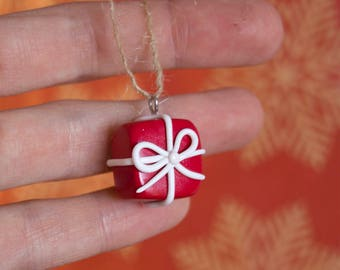 Present ornament for the xmas tree made of polymer clay, red present, cute present, xmas ornament, xmas present