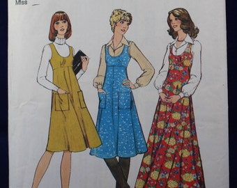 1970's Pinafore Dress & Blouse Sewing Pattern in Size 12 - Style 1245