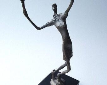 Modernist sculpture cast metal bronze look female tennis player 1970s VTG