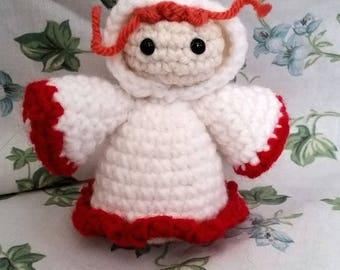 Mini White Mage Amigurumi