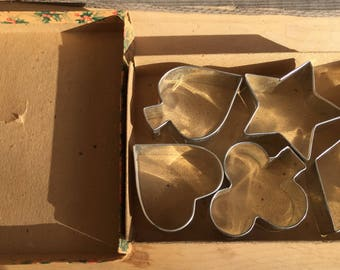 Vintage Cookie Cutters in Original Box, Card Suits Cookie Cutters, Spade, Heart, Club, Diamond and Bonus Star Shape