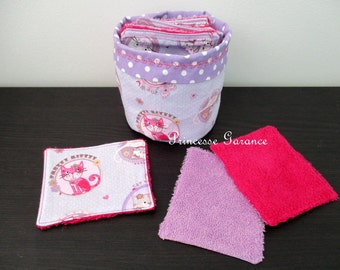 12 wipes washable cats medallions cotton and Terry cloth and matching purse - baby or MOM