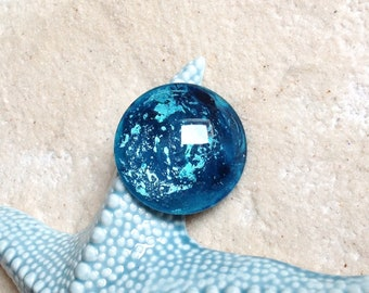 cabochon 40mm blue and turquoise metallic / hand painted / large magnifying glass cabochon / Bohemian pendant / cosmic