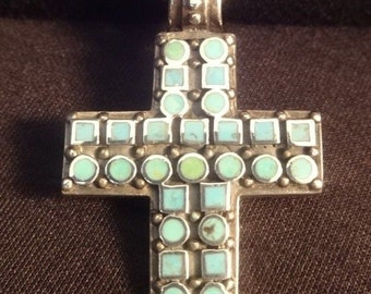 "Beautiful Vintage Sterling Silver & Turquoise Cross Necklace. 925 Pendant. Weight 5.5 Grams. Heavy Chain, 23"" Length. Tested Sterling"