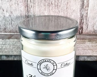 Organic Soy Candle- Almond Macaroon-Vegan Candle- Scented Candle- Eco-Friendly- Holiday Gifts- White Candles