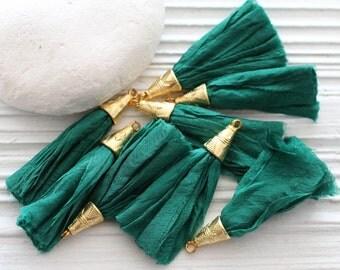 Short emerald green sari silk tassel, sari silk tassel, silk tassels, sari silk, tassel earrings, gold cap green tassel, emerald, handmade