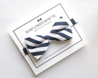 Navy Blue Boys Bow Tie - Bow Tie for Boys - Pre-tied Bow Tie - Blue Bow Tie -Bow Tie with Stripes - Kids Bowtie