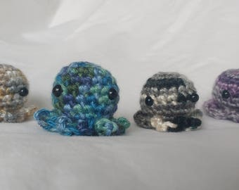 Crochet Tiny Octopus