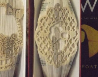 Bird and Flowers in Lattice frame Book Folding pattern