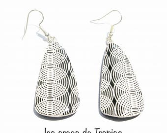 black and white geometric pattern polymer clay earrings